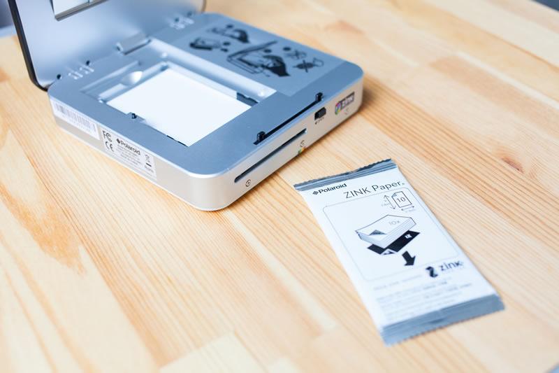 Socialmatic, la nueva cámara de fotos instantáneas de Polaroid llega en Enero y ya puedes preordenarla  - Socialmatic-ZINK-paper