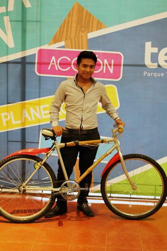 Diseñan bicicleta de bambú que recarga tu smartphone - bicicleta-de-bambu-bambootec