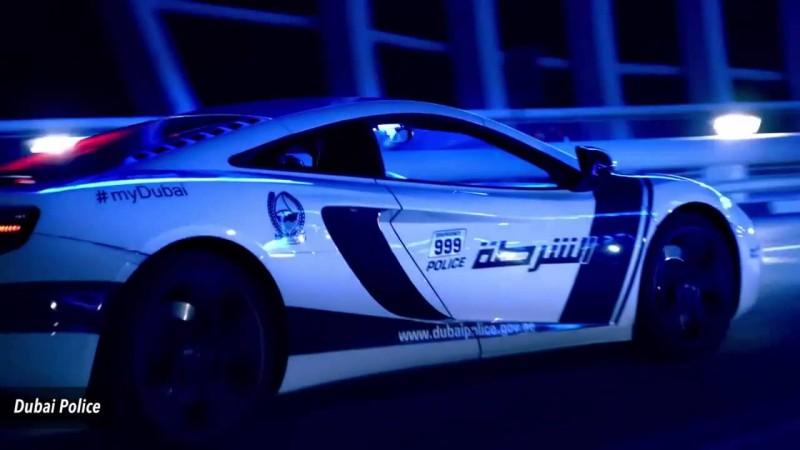 Estos son los superautos de lujo que utiliza la policia de Dubai - dubai-800x450