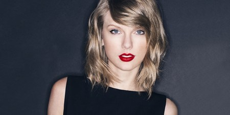 Taylor Swift compra dominios para adultos
