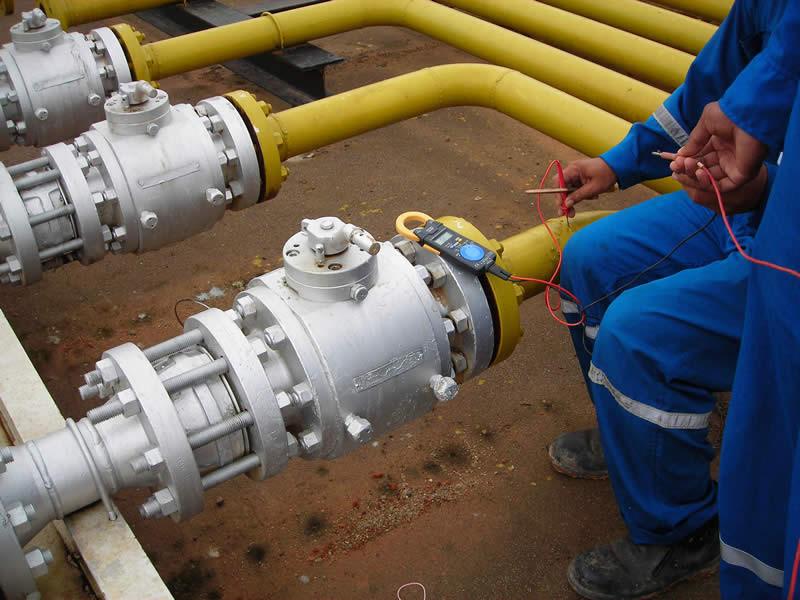 VIVIUNAM, un software que localiza fugas en ductos de agua, petróleo o gas - Revision-de-tuberias-de-agua-800x600