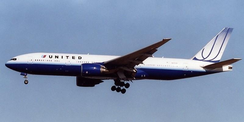 United Airlines vetó a pasajero de volar después de un Tweet - United-800x400
