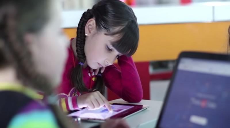 Epic Queen lanza campaña de fondeo para acercar a las niñas a la tecnología - Epic-Queen-Ninas-Tecnologia-800x444