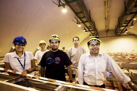 Mexicanos desarrollan detector de rayos cósmicos para el Gran Colisionador de Hadrones