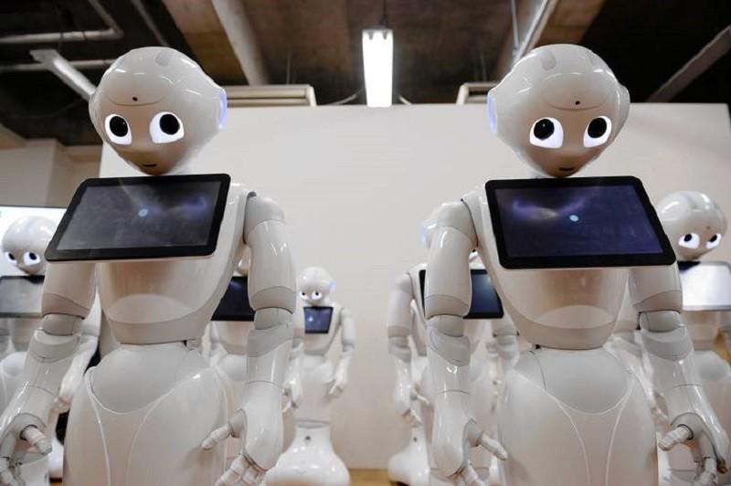 Robot Pepper se agota en minutos después de salir a la venta