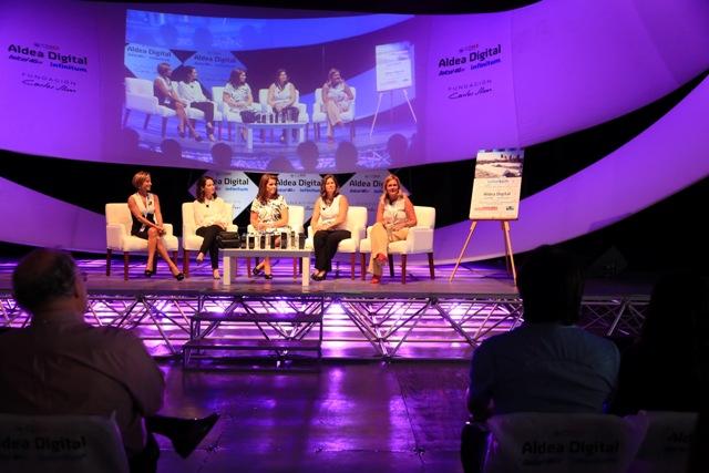 Necesitamos un toque femenino para el futuro tecnológico: Aldea Digital - mujeres02