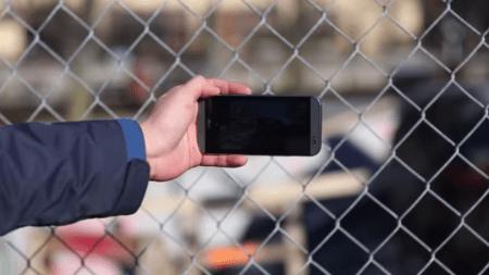 Google desarrolla un sistema para eliminar automáticamente los reflejos en las fotos