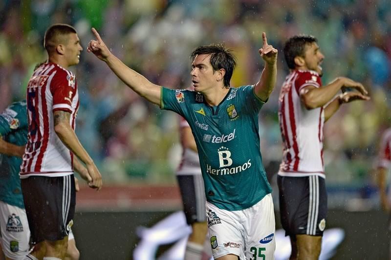 Chivas y León jugarán amistoso; Conoce a qué hora y en qué canal verlo - Chivas-vs-Leon-Amistoso-2015-800x533