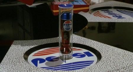 """Pepsi venderá refresco de """"Volver al futuro"""""""