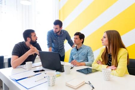 """Conoce las recomendaciones de """"Emprende Hoy"""" para crear tu startup"""