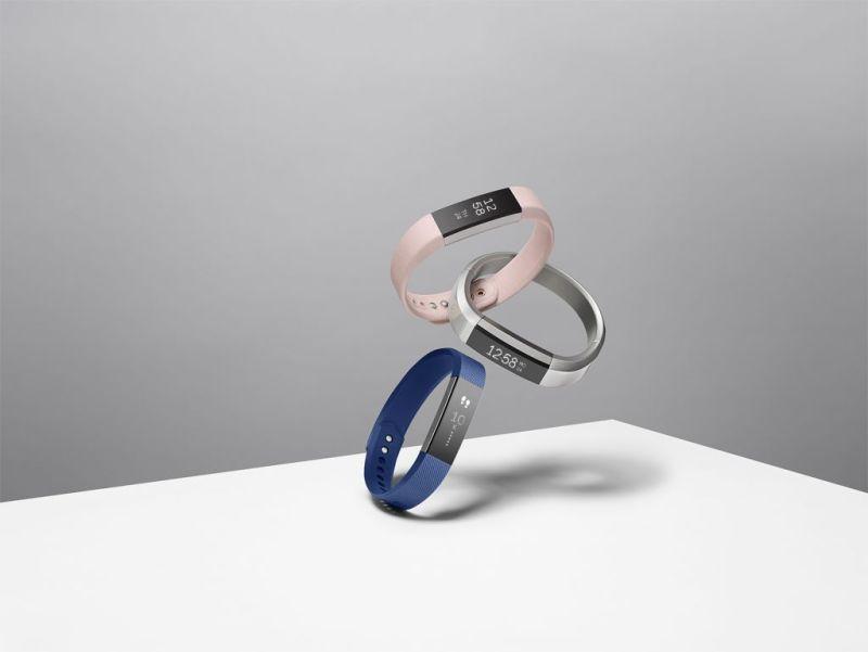 Fitbit presenta nueva pulsera fitness: Fitbit Alta - fitbit-alta-family-800x601
