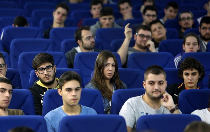 Uno de cada tres estudiantes de ingeniería en México es mujer - ingenieria-mujer-800x502