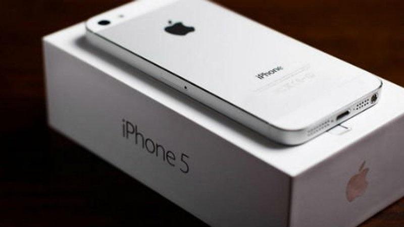 """La nueva versión del iPhone 5 se llamaría """"iPhone SE"""" - iphone-5-800x450"""