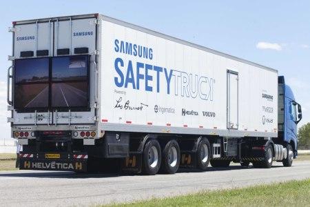 Samsung presentó su Safety Truck en Argentina