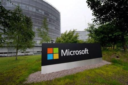 Finlandia lanza fuerte crítica a Microsoft por promesas incumplidas tras compra de Nokia