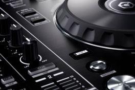Nuevos controladores Pioneer para DJ, compatibles con Rekordbox DJ - controlador-pioneer-ddj-rr-dise_o-profesional