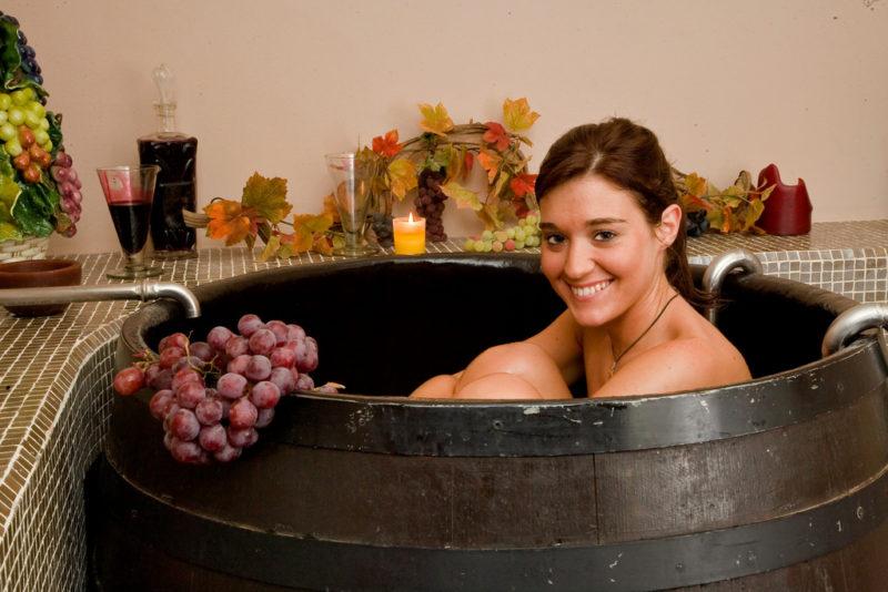 Convierten desperdicio de viñedos en cremas anti envejecimiento - convierten-desperdicio-de-viniedos-en-cremas-anti-envejecimiento-800x534
