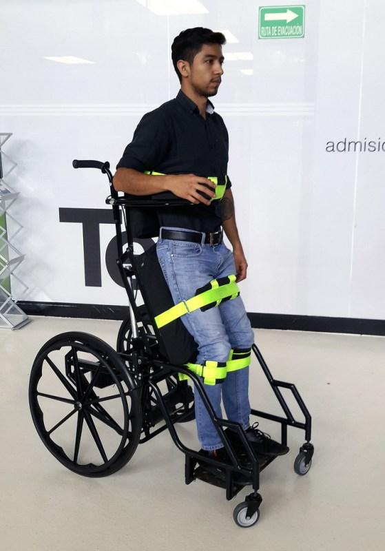 Estudiantes mexicanos diseñan silla de ruedas estabilizadora que previene llagas - estudiantes-mexicanos-disencc83an-silla-de-ruedas-que-previene-llagas1-559x800