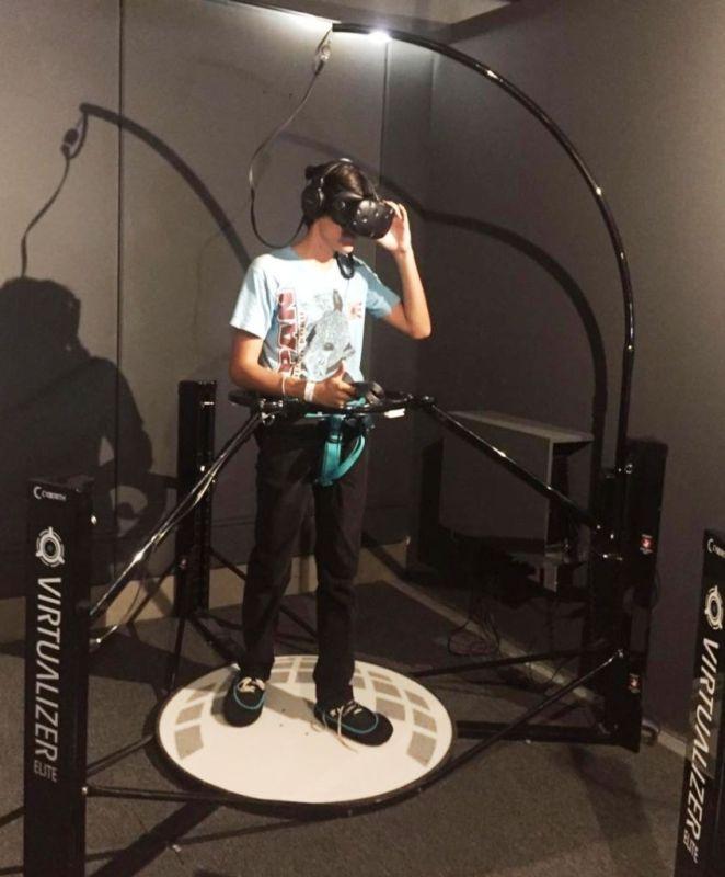 La realidad virtual llega a México en el parque de diversiones, Ventura Park - vrevolution-virtualizer-662x800