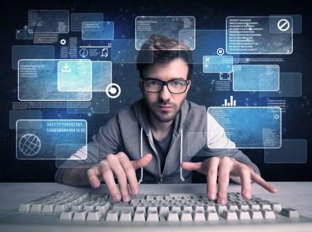 ¿Cómo evitar ser víctima de los hackers al compartir archivos en línea?