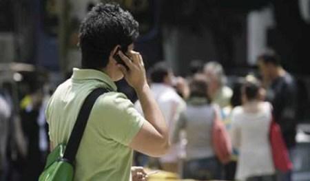 Nueve de cada 10 mexicanos cuentan con un teléfono móvil