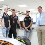 "Claro video y Nat Geo presentan la serie ""Superautos: Sahara Force India"" - pilots-otmar-and-andy-discuss-the-car-specs"