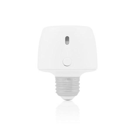 Incipio lanza CommandKit para automatizar el hogar con la tecnología de Apple HomeKit - power-and-bluetooth-products-commandkit-lightbulb-adapter-cmndkt-001-wht_d