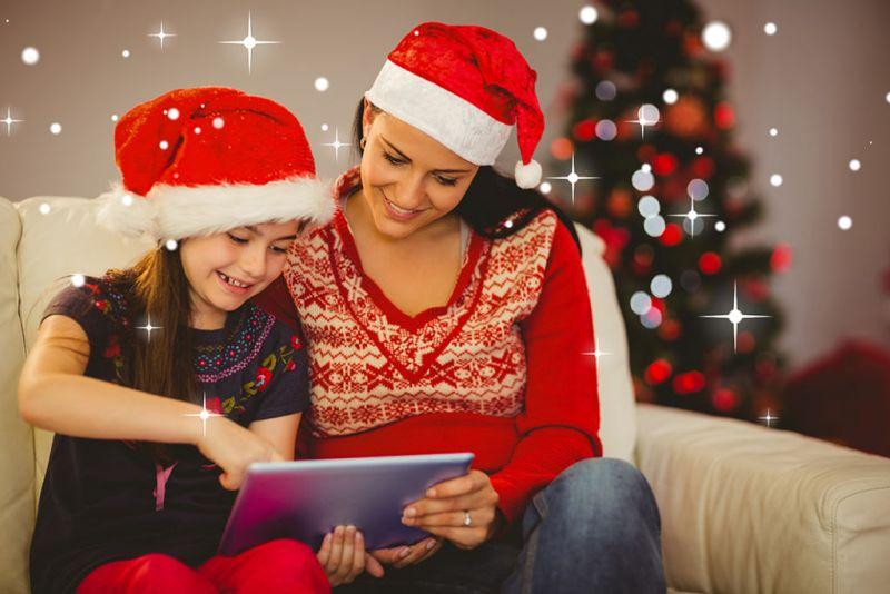 Cinco ideas de regalos digitales de última hora para estas fiestas - regalos-digitales-en-familia