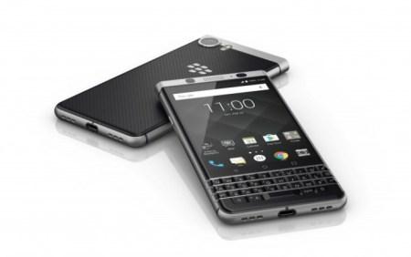 BlackBerry presenta al KEYone, su nuevo teléfono con Android
