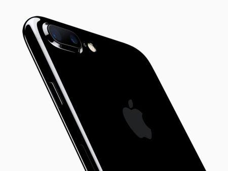 Apple adelantaría la producción del iPhone 8