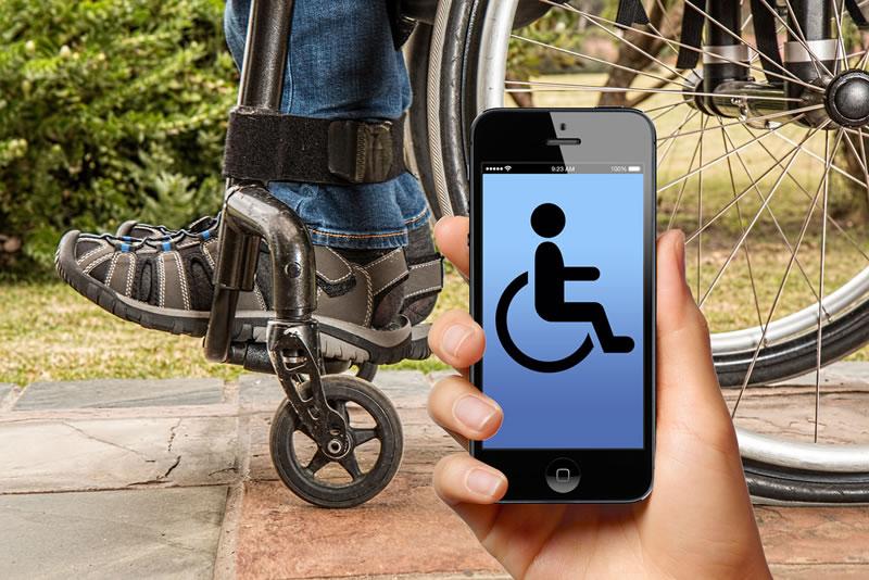 silla de ruedas controlada gestos Crean estudiantes de ingeniería silla de ruedas controlada por gestos