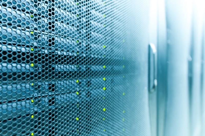 Así se pueden evitar caídas en datacenters - evita-la-caia-de-un-centro-de-datos-800x531