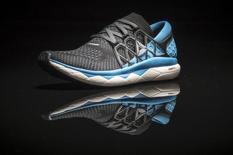 Reebok FLOATRIDE, nuevo calzado para correr largas distancias - float-on-blackmens-001