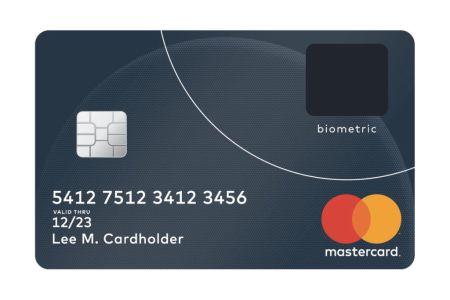 MasterCard presenta una tarjeta de crédito con lector de huellas dactilares