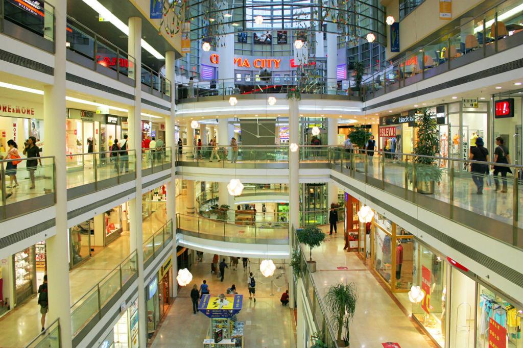 ¿Cómo impacta la construcción de un centro comercial al precio de tu casa? - centros-comerciales
