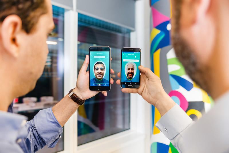 Hacer compras online con una selfie ya es posible con Visa - comprar-con-una-selfie-visa