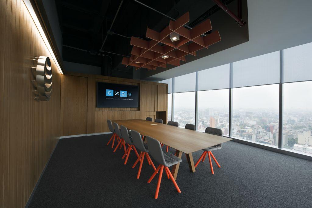 AT&T inaugura su primer Centro de Experiencia Empresarial en América Latina - cxe-04