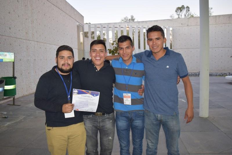 Crean estudiantes mexicanos guante que traduce el lenguaje de señas a escrito - guante-que-traduce-el-lenguaje-de-sencc83as-a-escrito-1-800x534