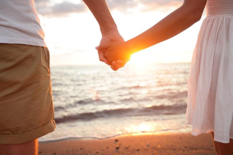 Los mejores destinos de luna de miel para parejas jóvenes - luna-de-miel-kayak-800x534
