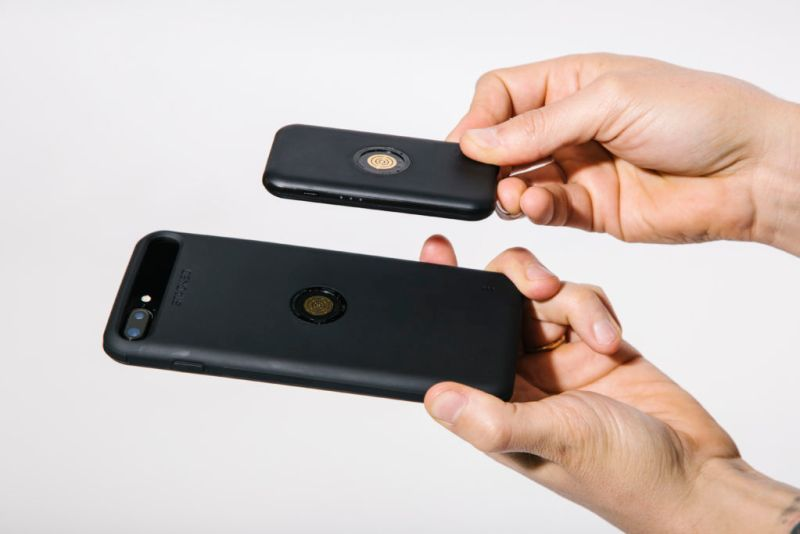 sistema de carga inalambrico de stacked 1 800x534 STACKED Ianza el sistema de carga inalámbrico más delgado y rápido para iPhone