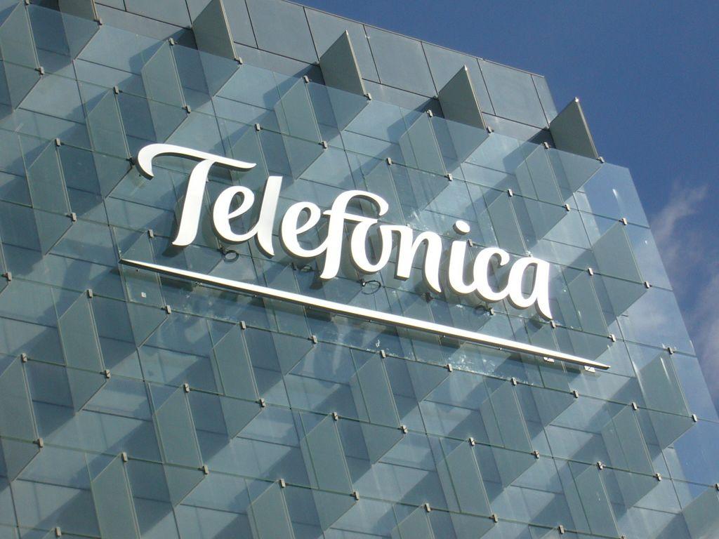 Atacan la red corporativa de Telefónica y demás empresas españolas - telefonica-building