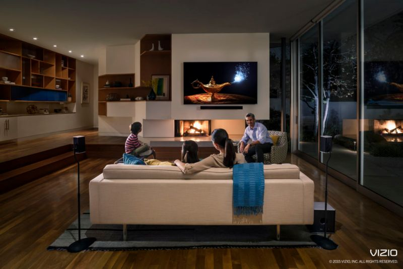 VIZIO presenta la colección completamente nueva D-Series en México - vizio_2015spaudio_livingnight_lifestyle-logo-copyright-800x534