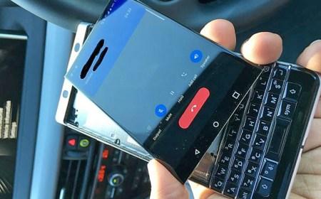 """Usuarios reportan que al BlackBerry KeyOne """"se le sale"""" la pantalla"""