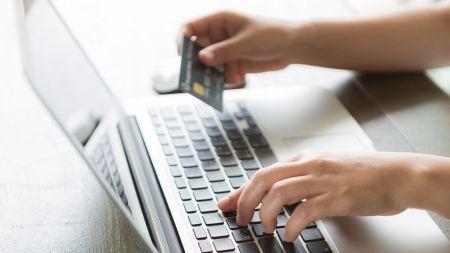 8 maneras de proteger tus compras online en este regreso a clases