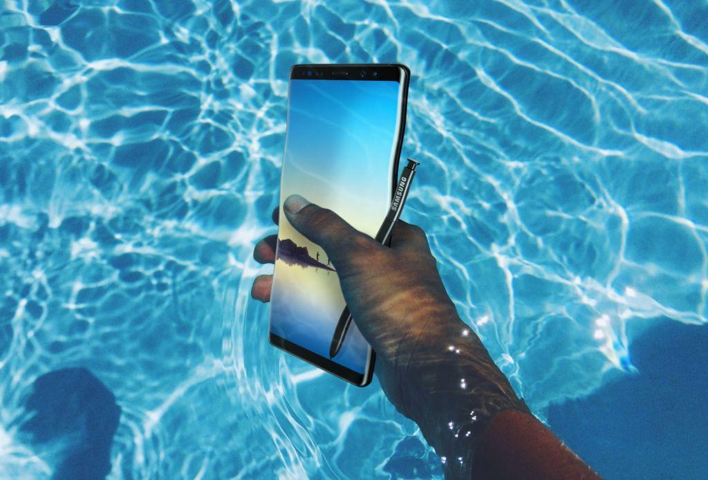 Samsung hace oficial al Galaxy Note 8 - gn8-water-resistant
