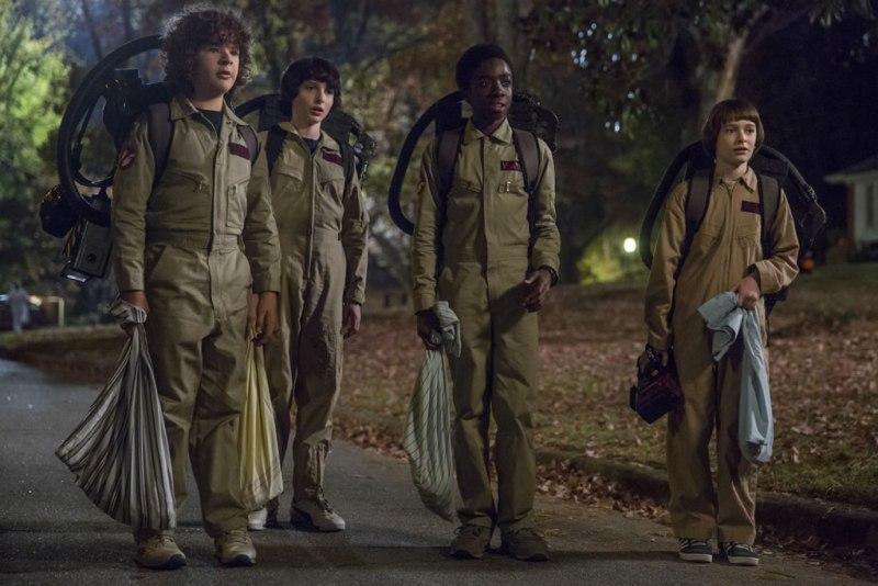 el universo de stranger things estrenos netflix octubre 2017 800x534 Conoce los estrenos de Netflix en Octubre 2017 ¡que tienes que ver!
