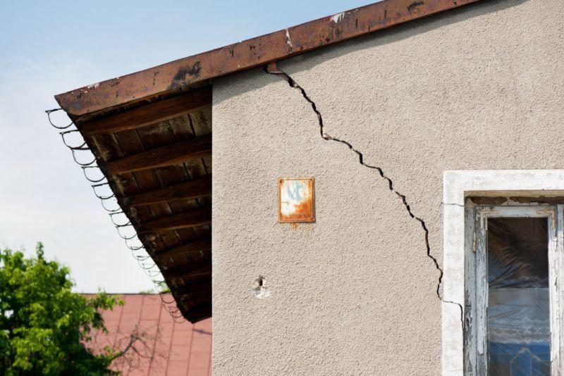 ¿Cómo analizar las grietas provocadas por sismos? - grietas-provocadas-por-sismos-800x534