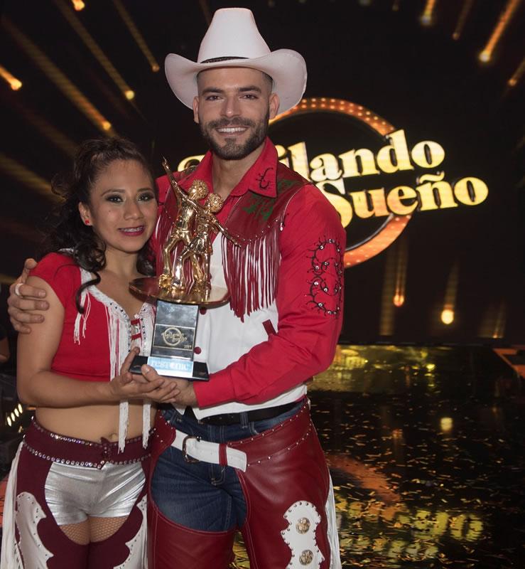 Ganadores de Bailando por un sueño 2017 - 12-1-adrian-di-monte-y-montserrat-yescas-739x800