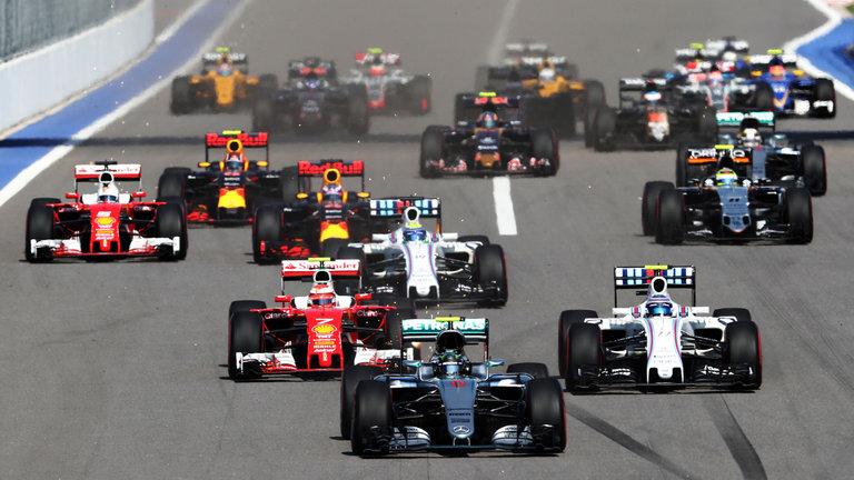 Los productos que los fanáticos de la Fórmula 1 deben tener - formula-1-f1