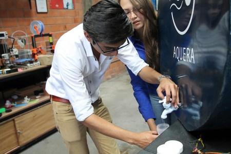 Mexicanos logran obtener agua de la humedad en comunidades y necesitan tu apoyo